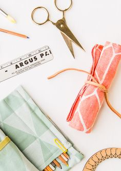 diy roll-up pencil pouch | paper & stitch