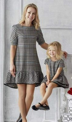 s Clothing Children's Clothing, Diy Abschnitt, Mother Daughter Matching Outfits, Mother Daughter Fashion, Mom Daughter, Mom And Baby Outfits, Kids Outfits, African Fashion, Kids Fashion, Fashion Outfits, Fashion Clothes