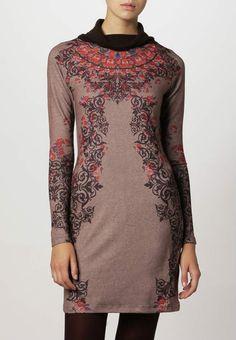 Smash MONTE nauwsluitende gebreide jurk met bont patroon en col kraag
