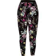 River Island RI Plus black printed joggers ($40) ❤ liked on Polyvore featuring activewear, activewear pants, pants, black, plus size clothing, women, plus size sportswear, river island, cotton jersey and plus size activewear