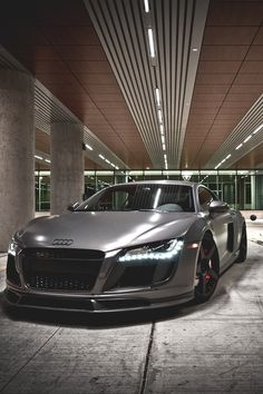 Audi R8 - repined by http://www.motorcyclehouse.com/
