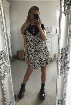 Summer Fashion Tips .Summer Fashion Tips Mode Outfits, Fashion Outfits, Fashion Tips, Fashion Hacks, Fashion History, Mode Ootd, Look Boho, Mode Streetwear, College Outfits