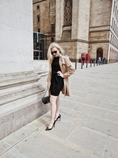 Classic LBD and trench coat on thescientificbeauty.com