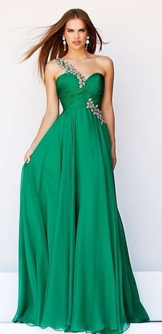 One Shouldered Emerald Prom Dress