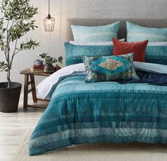 The Robshaw quilt cover is the perfect choice for a sophisticated approach to modern living, combining a contemporary colour palette with a subtle pattern. Designed by hand for a textural finish. Bedroom Retreat, Bedroom Inspo, Bedroom Ideas, Teal Bedding, Linen Bedding, Where To Buy Bedding, European Pillows, Single Quilt, Green Texture