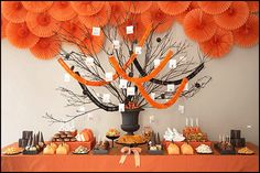 Halloween is almost here. Booooo… I am sure you guys are planning for Halloween party for your own. Well, have a look at this amazing Halloween party ideas to get … Halloween Desserts, Spooky Halloween, Halloween Wedding Decorations, Halloween Dessert Table, Bonbon Halloween, Postres Halloween, Party Decoration, Halloween Trick Or Treat, Holidays Halloween
