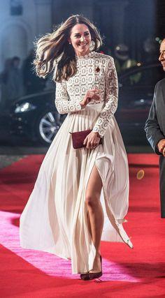 Kate Middleton sublime dans une robe Self Portrait Catherine (Kate) Middleton, duchesse de Cambridge, mécène pour l'association