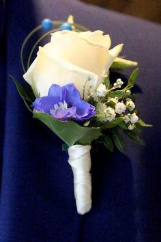 Bruidscorsage voor hem, aangepast aan het bruidsboeket voor dr perfect match Crown, Corona, Crowns