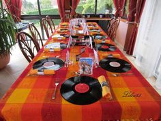 décoration de table thème année 80