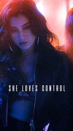 Wtf is lauren doing in she loves control