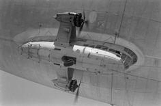 Steampunk Airship, Dieselpunk, Air Machine, Ww2 Photos, Mechanical Design, Us Navy, Military History, World War Two, Wwii