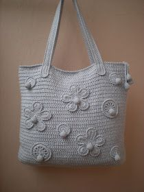 Hello, I came across some pictures of very nice crochet purses from Stella McCartney. They are looking absolut...