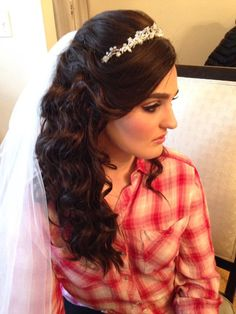 #WomanCrushWednesday 💗 This #bride is #glam, #fab, and #gorgeous! 🎀 Hair by #WeddingHairbySorahYaffa | It's #WeddingSeason, so book an appointment today! #BridalGoals #WeddingGoals