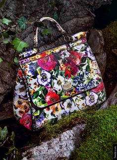 Fall Winter 2014-2015 Accessory Trends Dolce&Gabbana Floral Print Sicily Bag