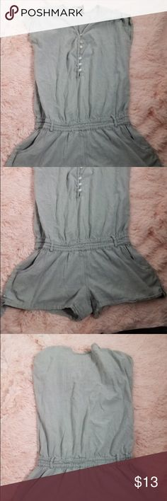 O'Neill Women Size Small Short Sleeve Gray Romper Chest-30.  Inv-B O'Neill Pants Jumpsuits & Rompers