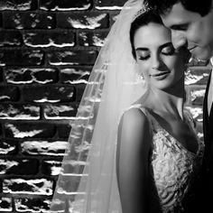 #casar #noivas2017 #fotografiadecasamento #noiva #casamento #bride #wedding #love #amor #boda #weddingparty #fotografodecasamento #vestidodenoiva #happy #weddingdress #weddinginspiration #family #ceremony #romance #marriage #weddingday #bridalmakeup #instawedding #weddingideas #weddingphotography #noiva #weddingdecor #bridetobe