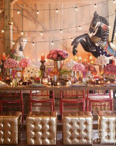 Tablescape ● Circus Lights This would be special for a carnival quinceanera theme Carnival Wedding, Vintage Carnival, Vintage Circus, Carnival Themes, Circus Theme, Event Themes, Event Decor, Gala Themes, Event Ideas