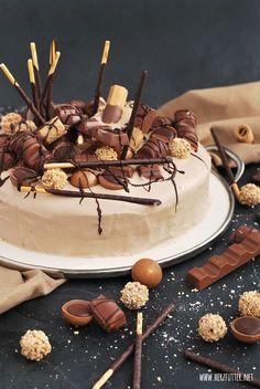 Candy-Cake, Süßigkeiten-Torte aka Nuss-Nougat-Karamell-Torte von Herzfutterr - Wahnsinn!!