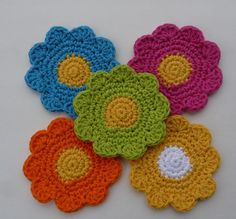 Ravelry: Flower Coaster by Doni Speigle.. Free pattern!