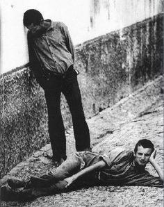 Ana Esquível Albergue da Mitra, no Poço do Bispo em Lisboa, onde eram detidas todas as pessoas que o regime via como marginais (A Mitra nos anos 80, foto de Ana Esquível)