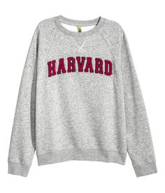 S-M-XL NWT Made in USA. Harvard Crimson Crest Logo Pullover Hoodie Youth Sizes