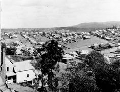 Houses of Paddington, Brisbane, ca. View of the houses of Paddington from Red Hill, looking towards the intersection of Given and Latrobe Terraces. The hilly terrain of the area is featured in this image. Historical Romance Authors, Paranormal Romance Series, Historical Photos, Brisbane City, Brisbane Australia, Glasshouse Mountains, Looking For Houses, Property Investor, Old Photos
