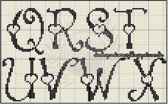 Vamos começar a semana bordando amigas?  trouxe hoje dois monogramas que fiz atendendo a pedidos das amigas, espero que gostem!  primeiro ve...