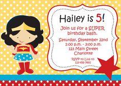Superhero girl birthday party invitation por TheButterflyPress
