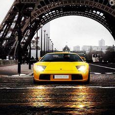 Lamborghini - Eiffel Tower