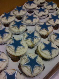 dallas cowboy cupcakes- H football team Football Birthday, Cowboy Birthday, Football Parties, Football Food, Football Team, Dallas Cowboys Party, Dallas Cowboys Football, Cowboy Snacks, Cowboy Cupcakes