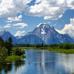 Stunning view in Grand Teton National Park. Photo courtesy of snaphappygallery on Instagram.