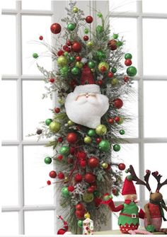 Christmas window décor: This would be fairly easy to accomplish!