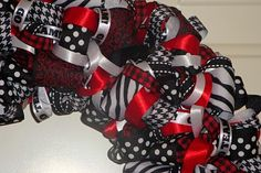 Ribbon Wreath - totally doable!!