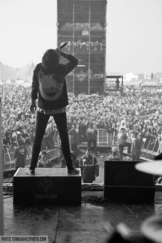Oli rocking the mainstage at Reading Festival with Bring Me The Horizon www.iheartdropdead.com