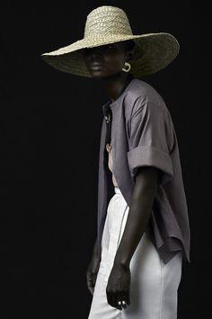 Kim Gray Beauty, Decor, Fashion, Lifestyle, Travel & Wellness Blog. https://kimgray.co.za/2017/09/18/new-pichulik-collection-harvest/?utm_campaign=crowdfire&utm_content=crowdfire&utm_medium=social&utm_source=pinterest