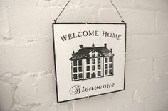 Welcome Home Sign - Divine Shabby Chic French Welcome Home Sign  Wall mounted sign hung with wire made from metal   A white back drop with black font and grand home   Bienuenue (Welcome)   Add french twist to  your home/hallway to greet your guest and loved ones      Was £6.50 Now £4.88
