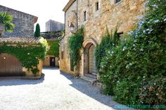 Peratallada o el delirio fotográfico (I) Lugares con encanto. Pueblos con encanto. Baix Empordà. www.caucharmant.com