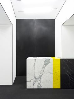 MSGM Store Milano 2013 by CLS Architetti | http://www.yellowtrace.com.au/selected-works-by-cls-architetti-in-milan/