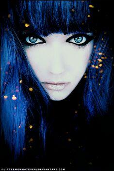 Frozen Cleopatra by Johanna Photography  /  littlemewhatever.deviantart.com  /  www.twobeats.com