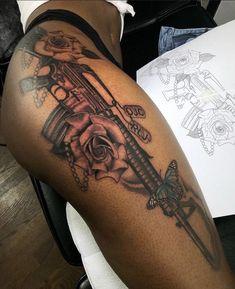 Feminine Tattoo Sleeves, Feminine Tattoos, Girly Tattoos, Body Art Tattoos, Rosen Tattoo Bein, Herbst Tattoo, Tigh Tattoo, Tattoo Arm Frau, Black Girls With Tattoos