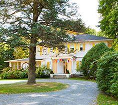 Los interioristas Robert y Cortney Novogratz nos enseñan su casa en Massachussetts http://www.muudmag.com/spa/pagina/205-MASSACHUSETTS