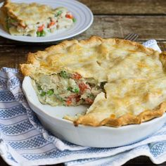 Easy Chicken Pot Pie 24 Easy Meals You Can Make With Rotisserie Chicken Easy Chicken Pot Pie, Chicken Recipes, Chicken Meals, Skillet Chicken, Costco Chicken Pot Pie Recipe, Cheesy Chicken, Chicken Pasta, Turkey Recipes, Chicken Salad