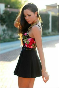 Beautiful rose and flower tank with black skater skirt. Awesome! I would love this outfit