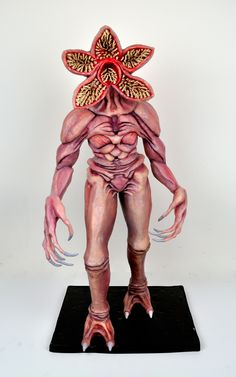 Stranger things demogorgon cake sculpture by melissa alt cakes melissa alt Stranger Things Jonathan, Stranger Things Aesthetic, Stranger Things Season 3, Eleven Stranger Things, Stranger Things Halloween Costume, Stranger Things Tattoo, Stranger Things Upside Down, Sculpted Cakes, Cosplay