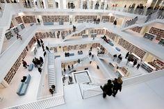 건축가 이은영,독일의 슈투트가르트 도서관.