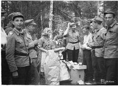 Air Raid, Armed Forces, Finland, Wwii, Army, Women, Organization, Special Forces, Gi Joe