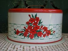 1950's Vintage Metal Cake Keeper/Carrier -  with Red Flowers!