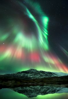 Aurora Corona (Norway) by Tommy Eliassen.