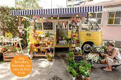 Cafofo Remobília Floricultura Itinerante Pop Up Kombi |