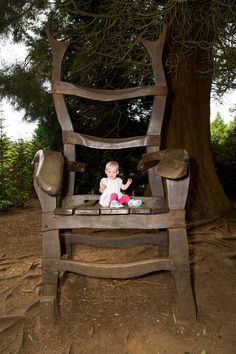 Giant's chair #rushmerepark #giant #chair #portrait #family #kids #children #cute #quirky #different #natural #forest #woods #photography #photographer #bath #bristol #bedfordshire #leightonbuzzard